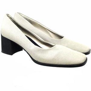 Anne Klein Women's Shoe Size Us 7.5M Slip On White